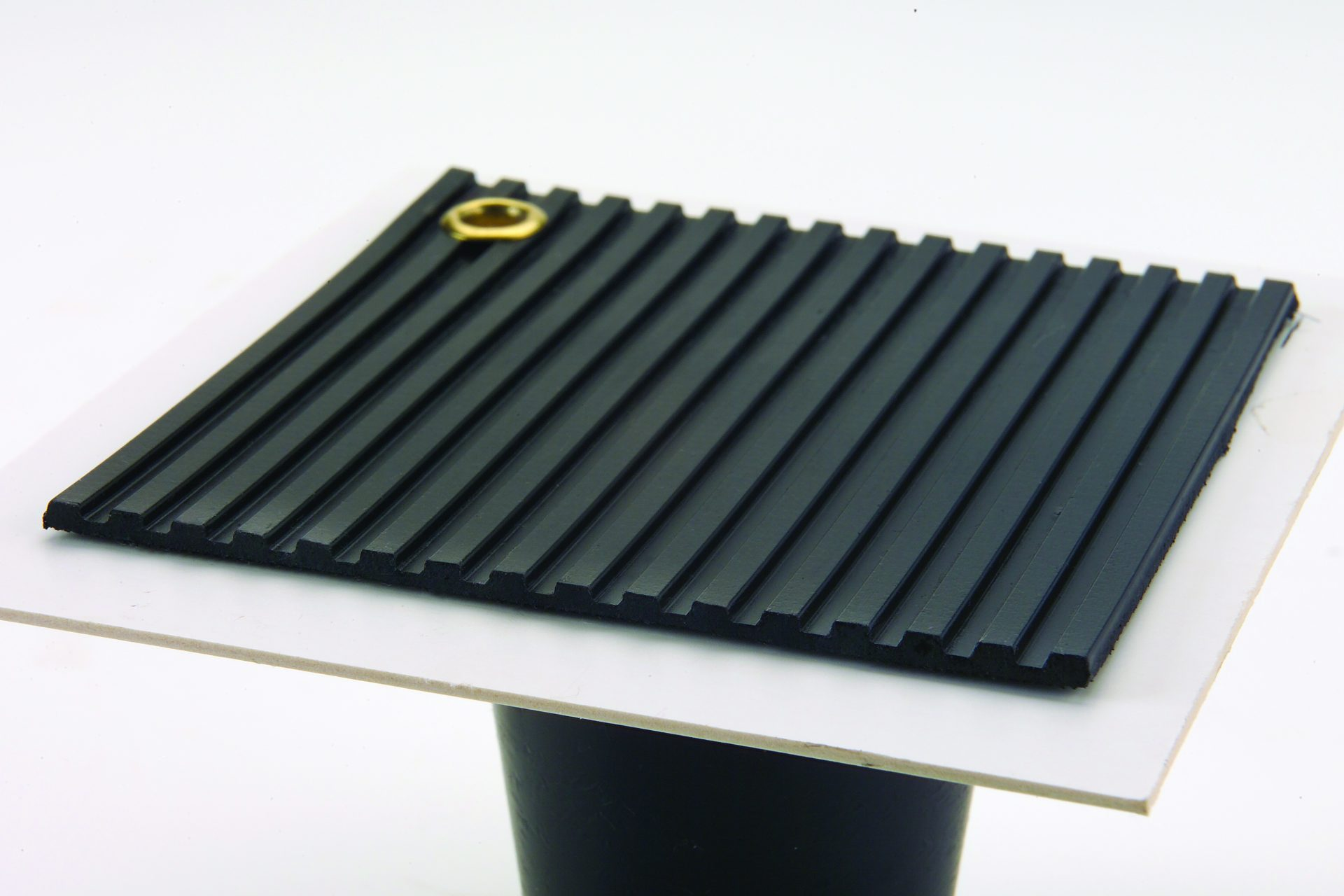 Flat Ribbed Button Flooring